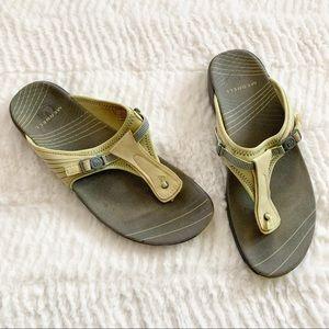 Merrell Thong Pansy Citrus Flip Flop Sandals